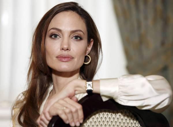 Angelina-Jolie-mastectomia-probabilidades-AP_CLAIMA20130514_0087_14