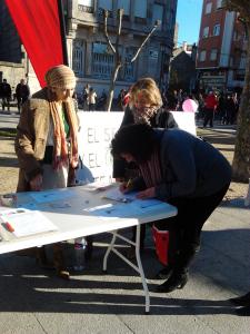 Firmas en apoyo de la petición de Beatriz Figueroa.